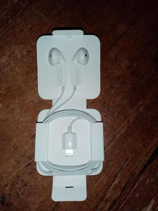 Audífonos Original de iPhone Apple