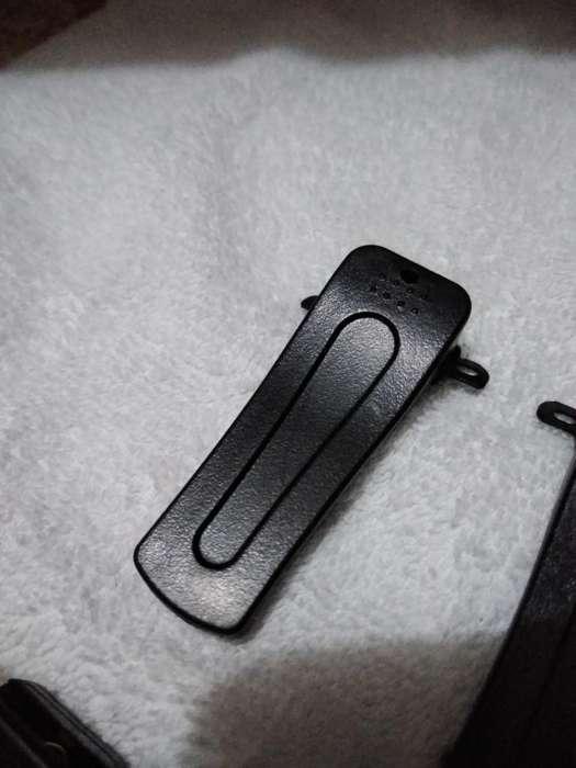 Belt Clip para Radios Kenwood