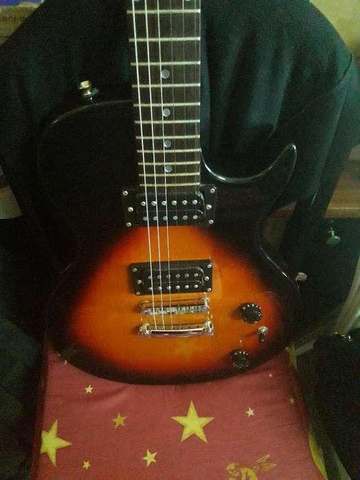 Vendo Guitarra Accord Nueva en Caja