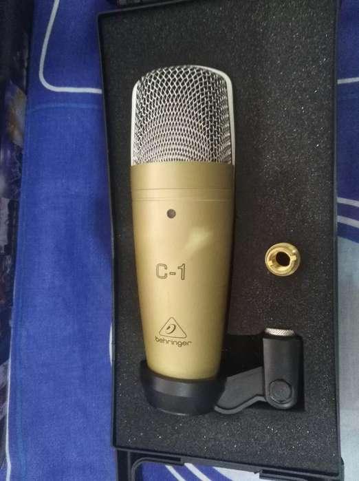 Micrófono Berhinger C1 para Studio