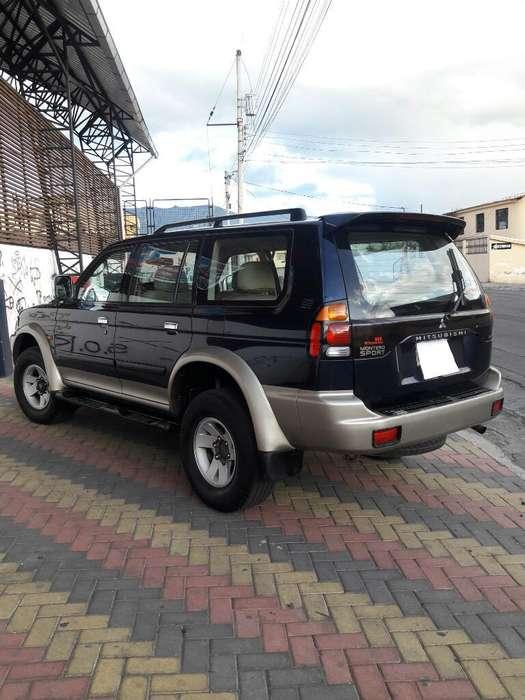 Mitsubishi Montero 2004 - 214000 km