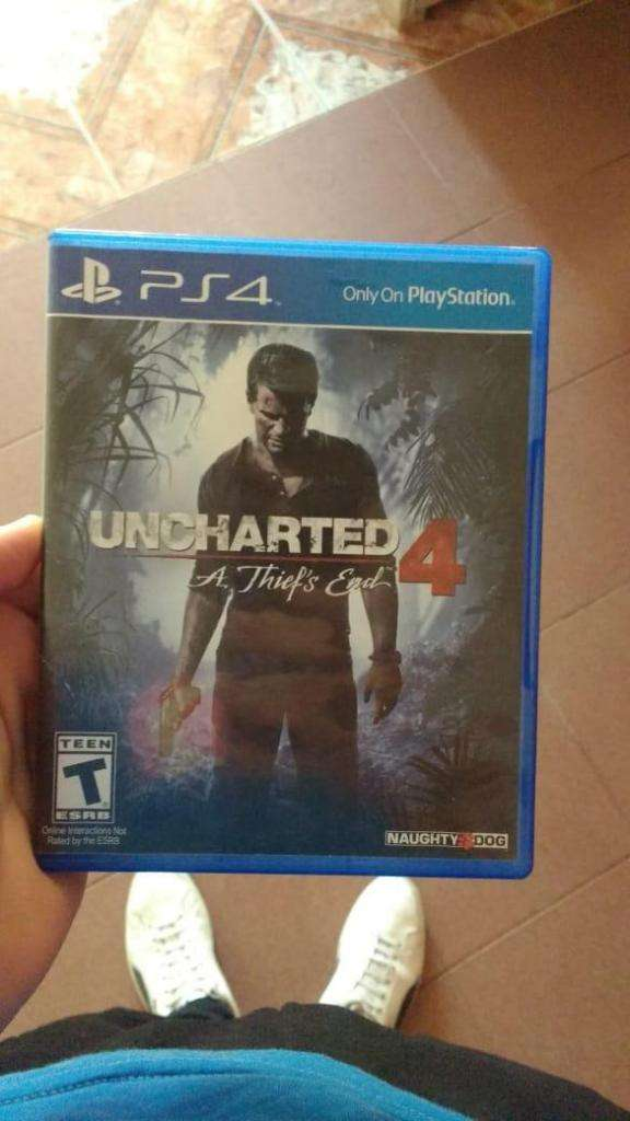 Uncharted 4  vendo o permuto