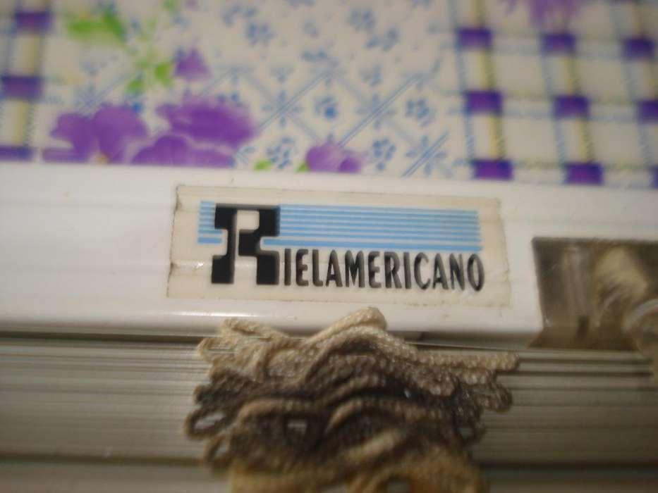 Cortina Riel Americano Veneciana 53cm Ancho Varillas Plastic