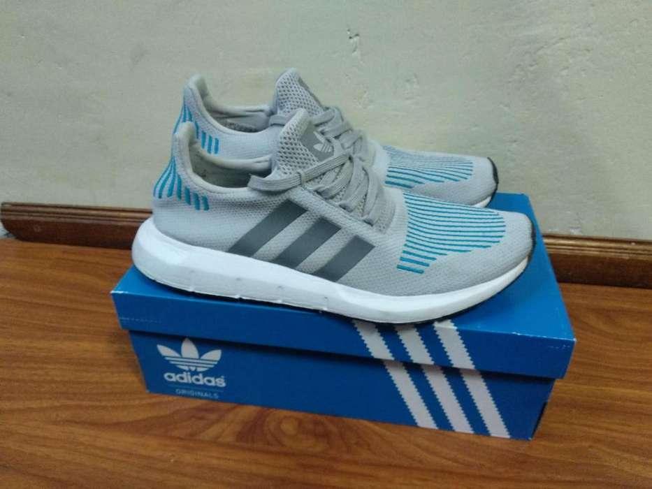 Zapatos Adidas Swift Run