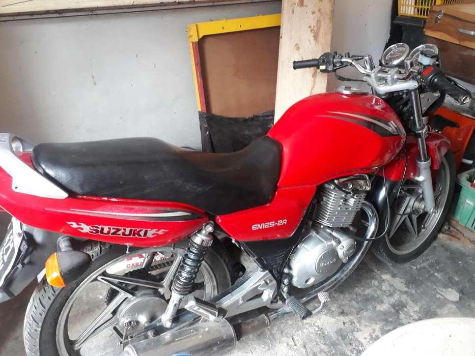 Vendo Moto Suzuki EN125