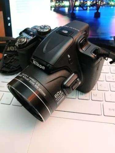 Se vende Camara Fotográfica Nikon Coolpix P600
