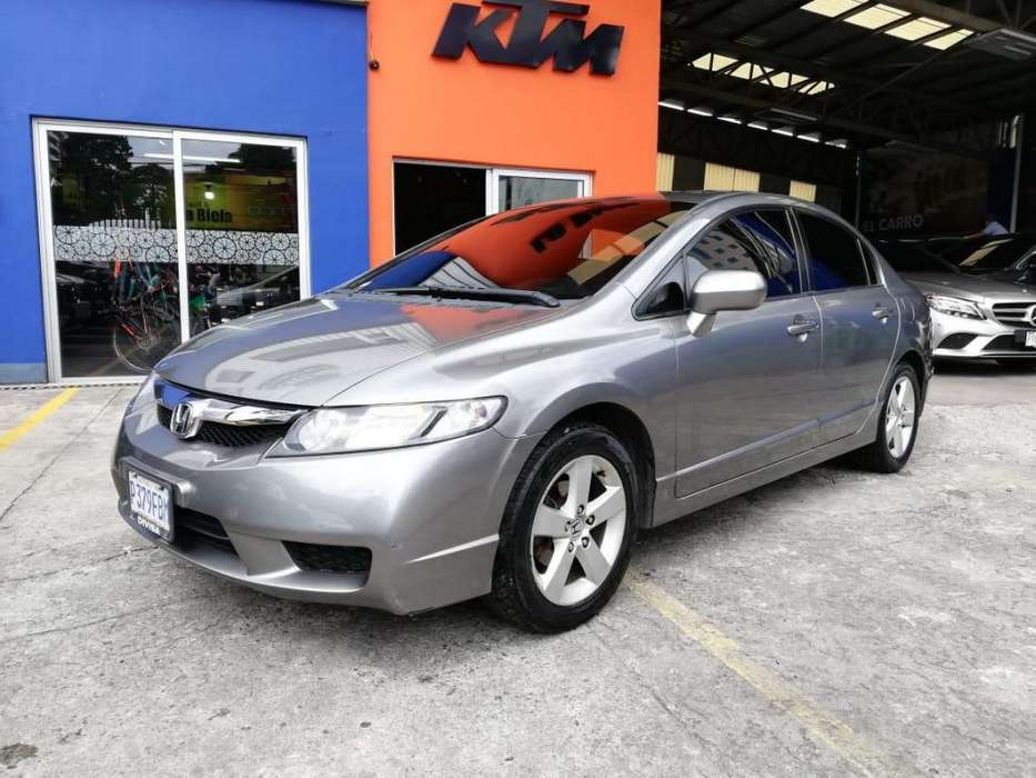 Honda Civic 2009 - 90600 km