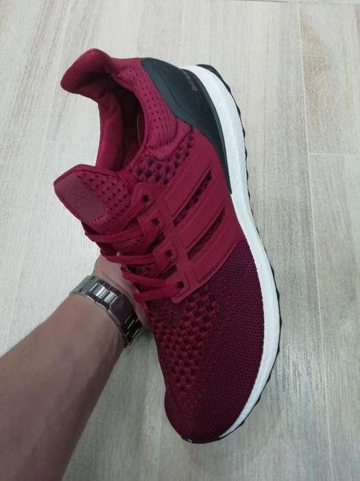 Zapatillas Adidas Ultra Boost Vinotinto