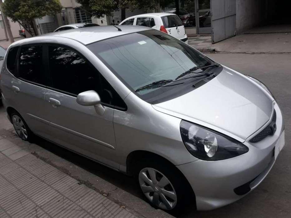 Honda Fit 2007 - 95000 km