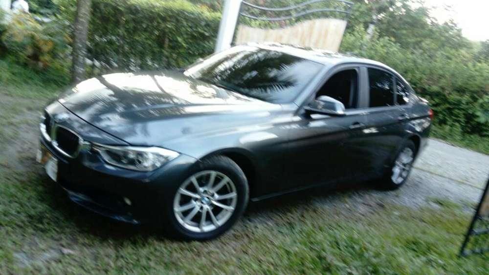 BMW Série 3 2013 - 40000 km