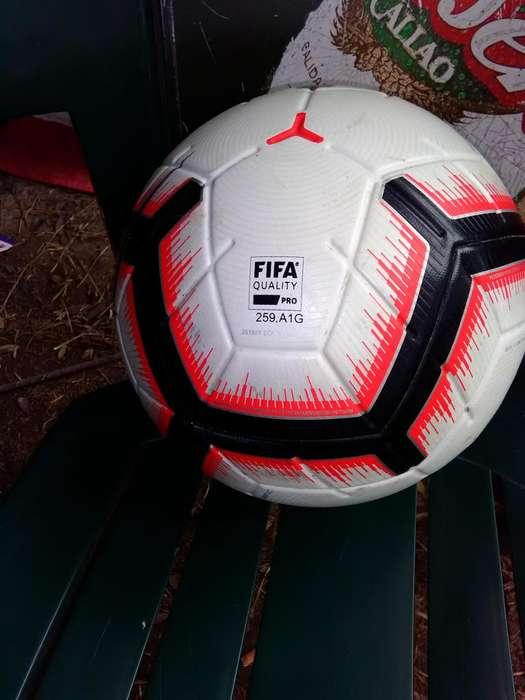 Pelota Nike profesional llamar al n941896082