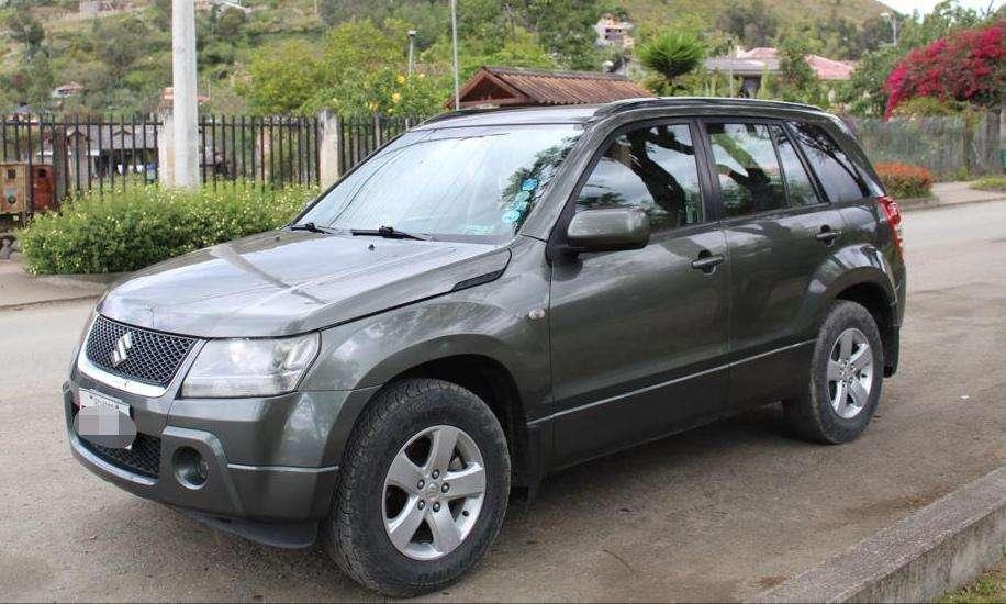 Suzuki Grand Vitara SZ 2011 - 165000 km