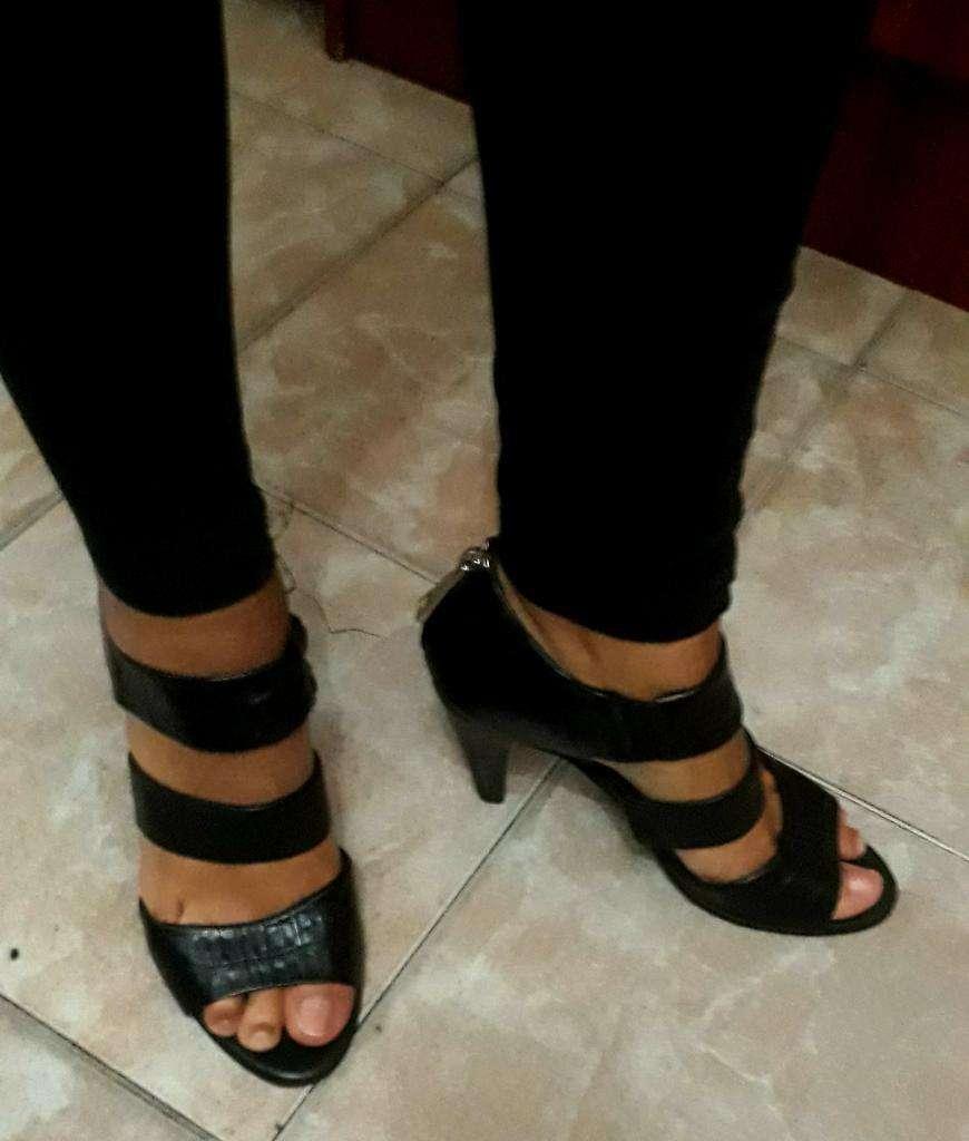 a5e670595 Zapatos de Cuero Ferraro Talle 39 - Capital Federal