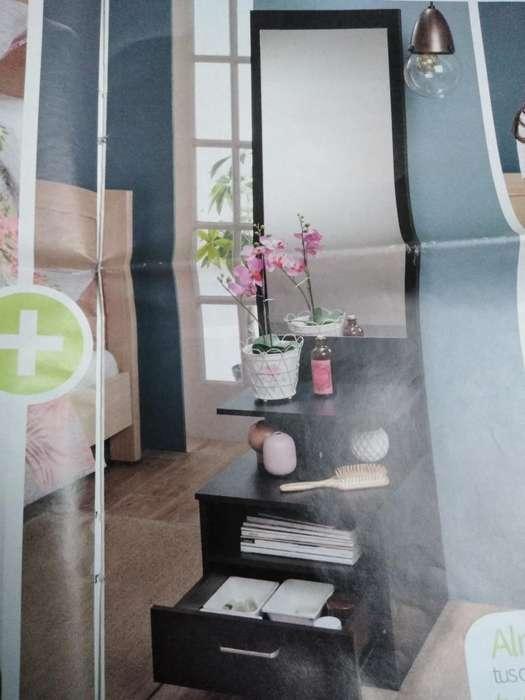 Hermoso Mueble con Espejo Alto 1.70