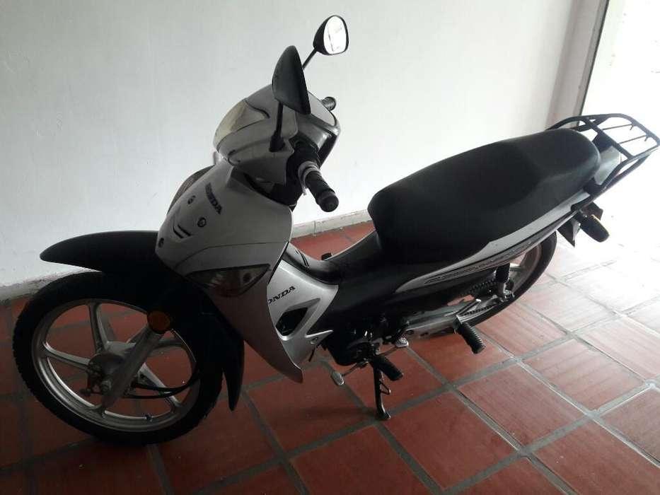 Vendo Honda Wave 100 2013 Papeles Nuevos