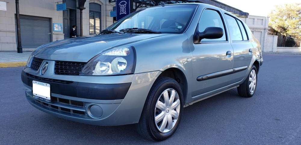 <strong>renault</strong> Clio  2005 - 93000 km