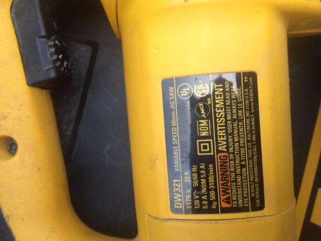 Sierra Caladora Industrial Dewalt Dw321