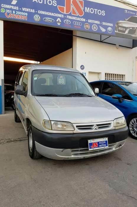 Citroen Berlingo 2007 - 200000 km