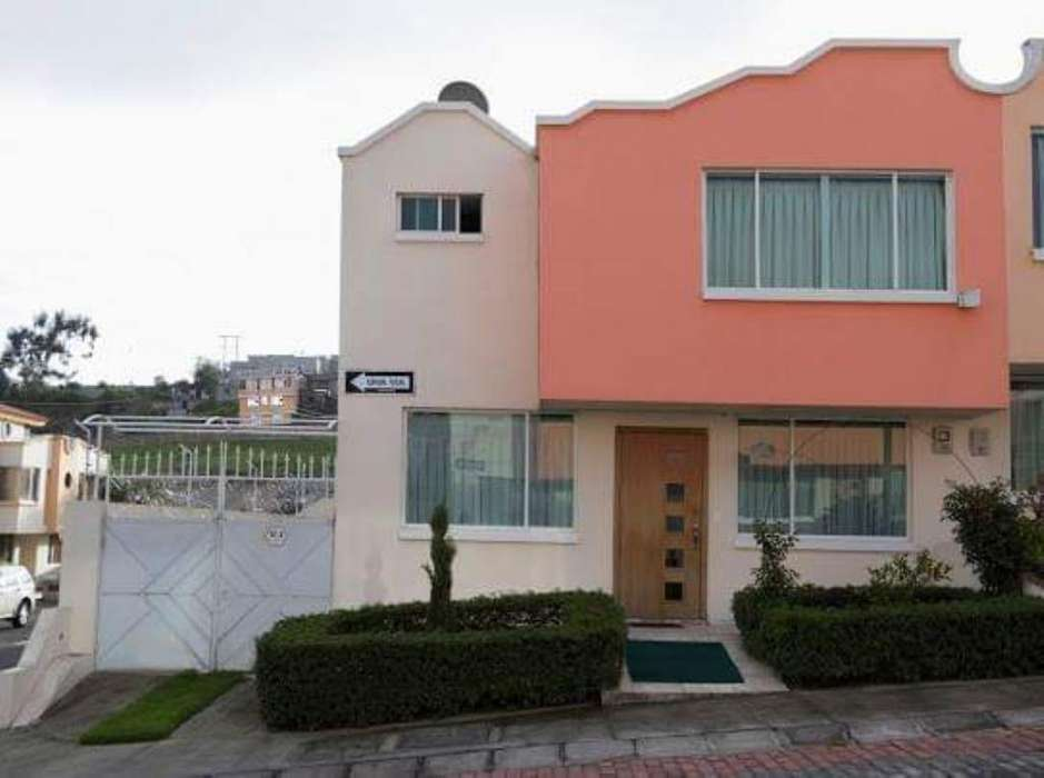 Se vende hermosa Casa Conjunto Los ANGELES, LOCOA