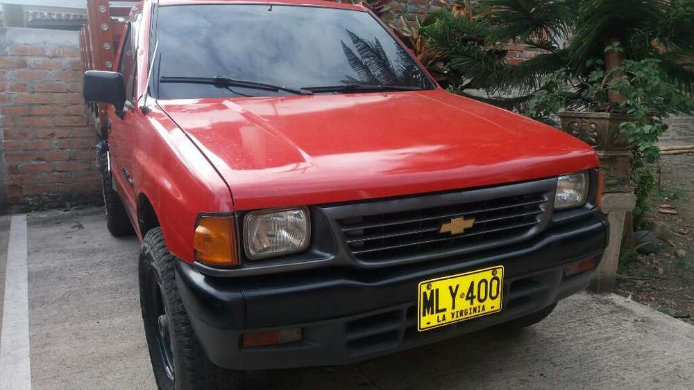Chevrolet Luv 1996 - 295000 km