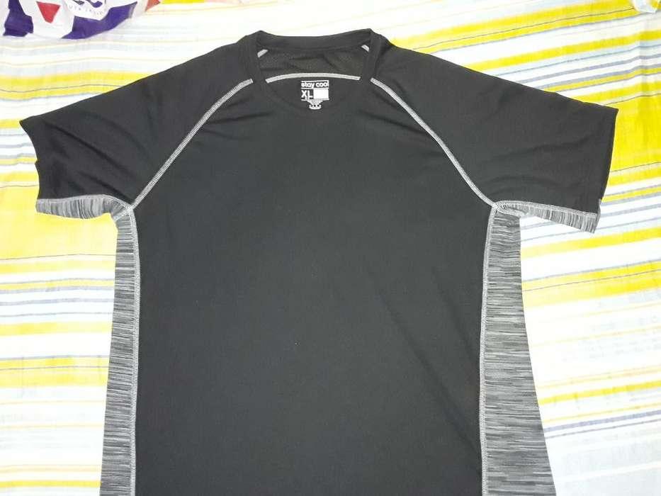 Camiseta <strong>deportiva</strong> Adidas Negra