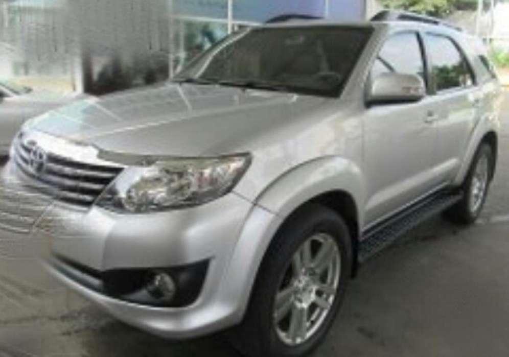 Toyota Fortuner 2014 - 85000 km