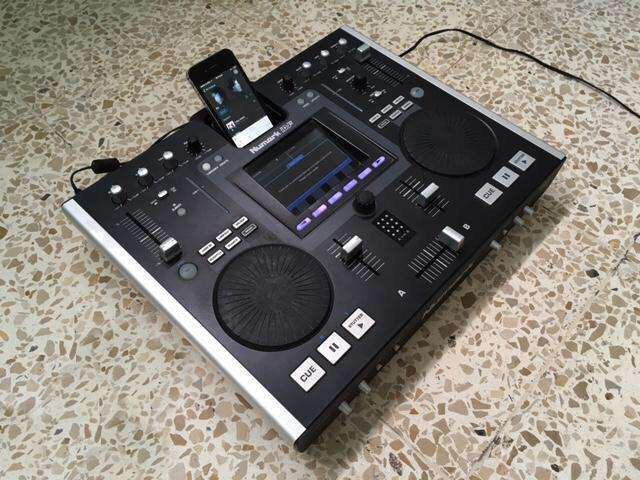 Vendo Mixer Profesional Numark Idj2 para iPhone, iPad Y iPod.