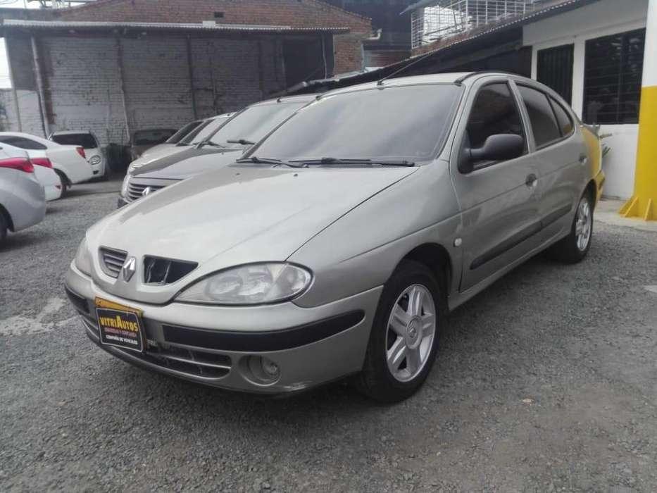 Renault Logan 2003 - 205000 km