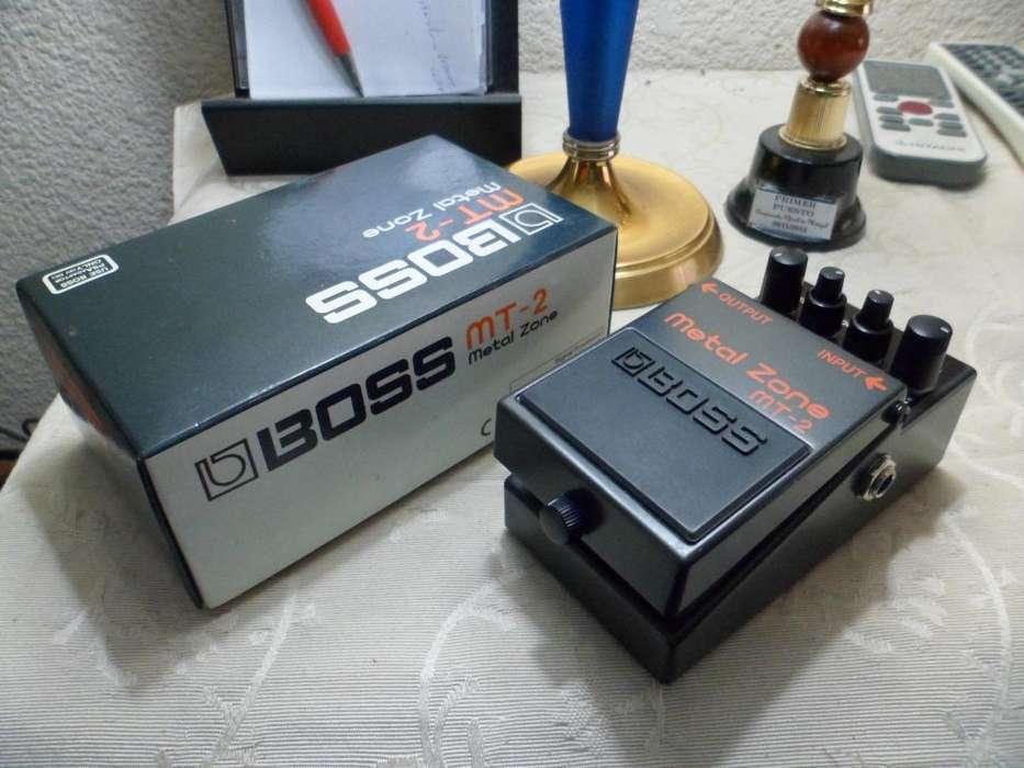 Pedal Boss Metal Zone Para Guitarra Eléctrica MT2