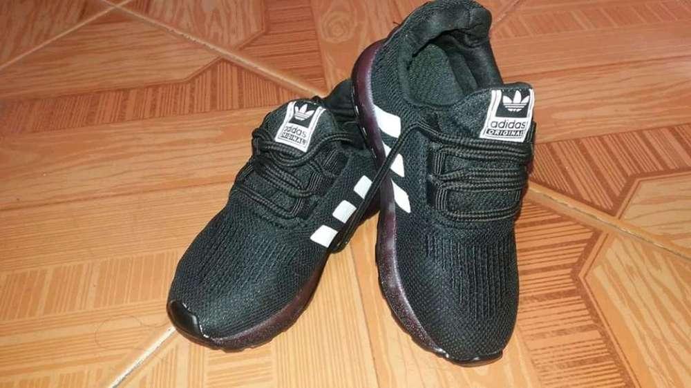 Zapatos de Niño de Luces Talla 25