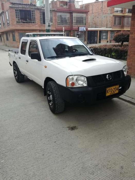 Nissan Frontier 2010 - 137000 km
