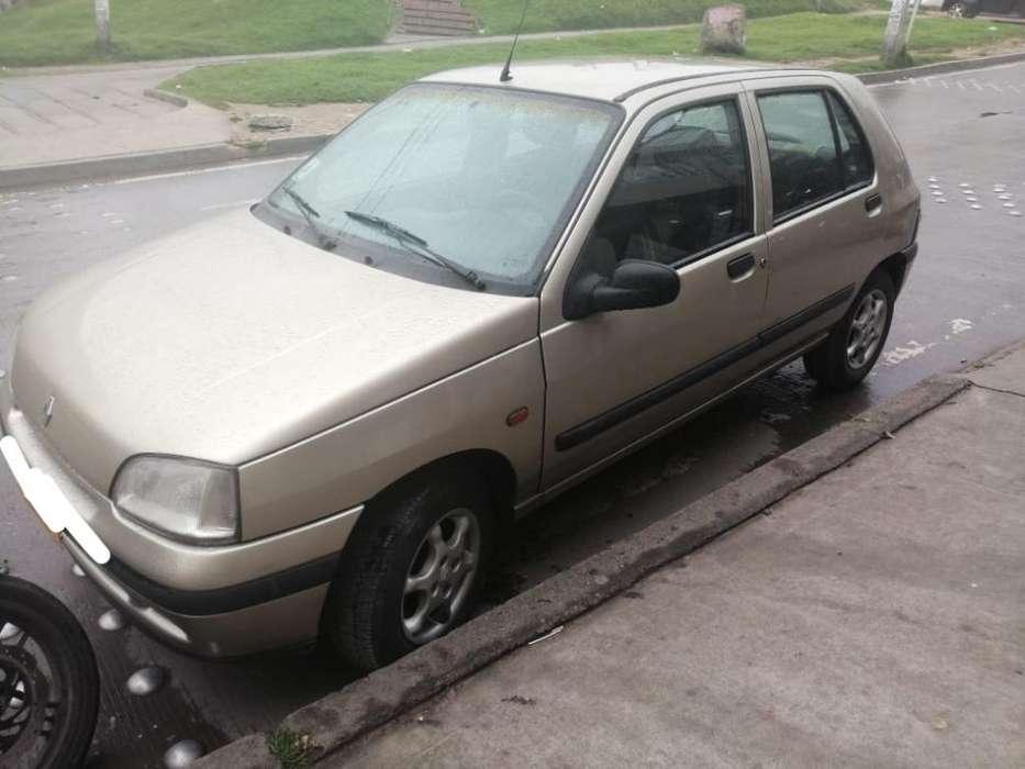 Renault Clio  1997 - 183000 km