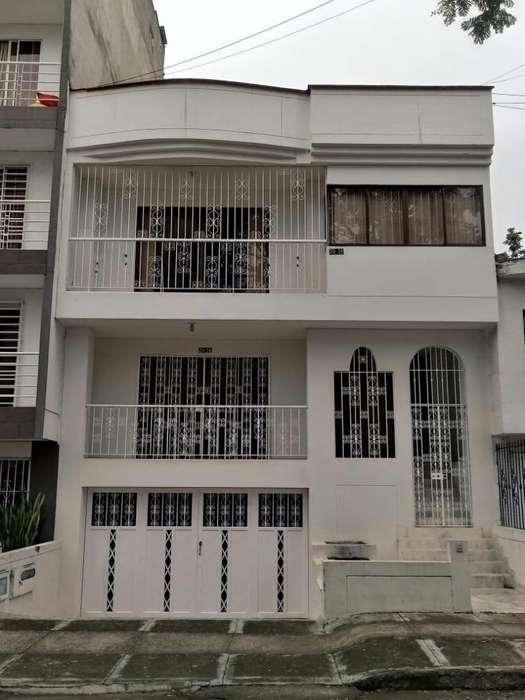 Hermosa casa el ingenio cali