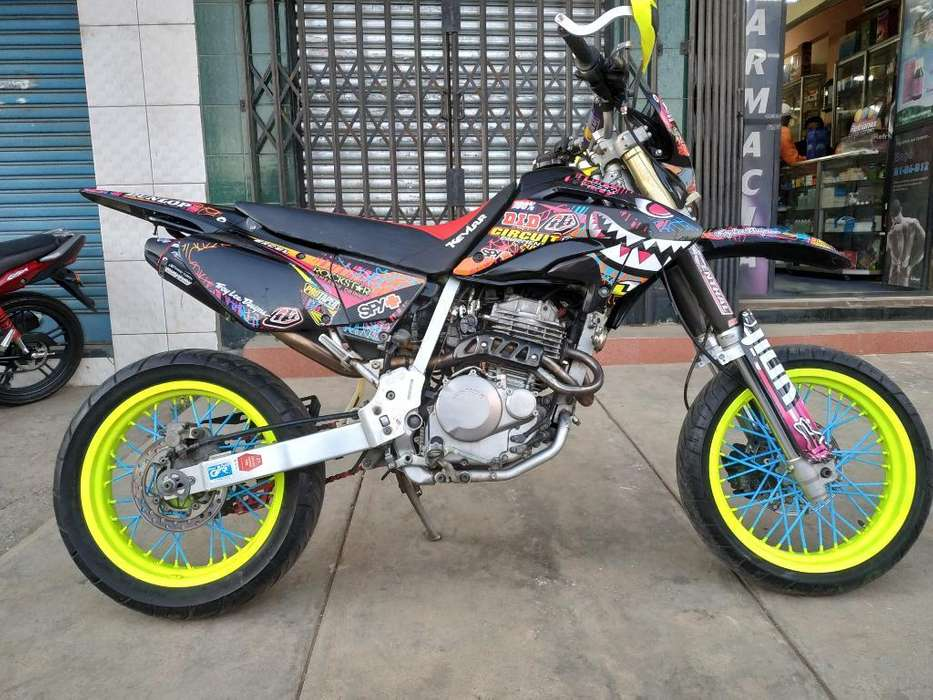 Xr 250 Supermotard