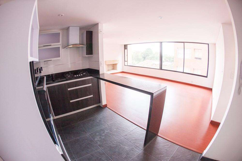 Apartamento para arriendo 60-00103