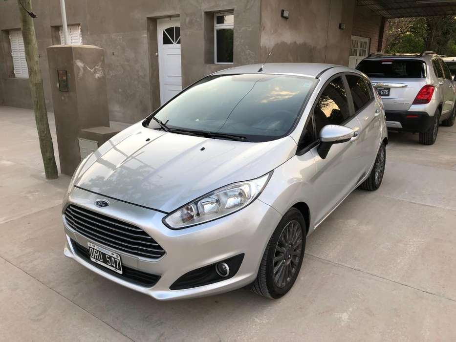Ford Fiesta Kinetic 2015 - 75000 km