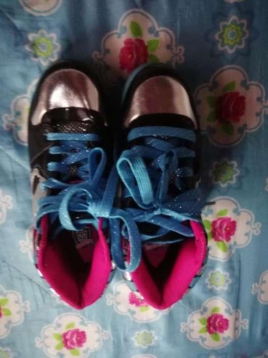 Lindos Zapatos Niña