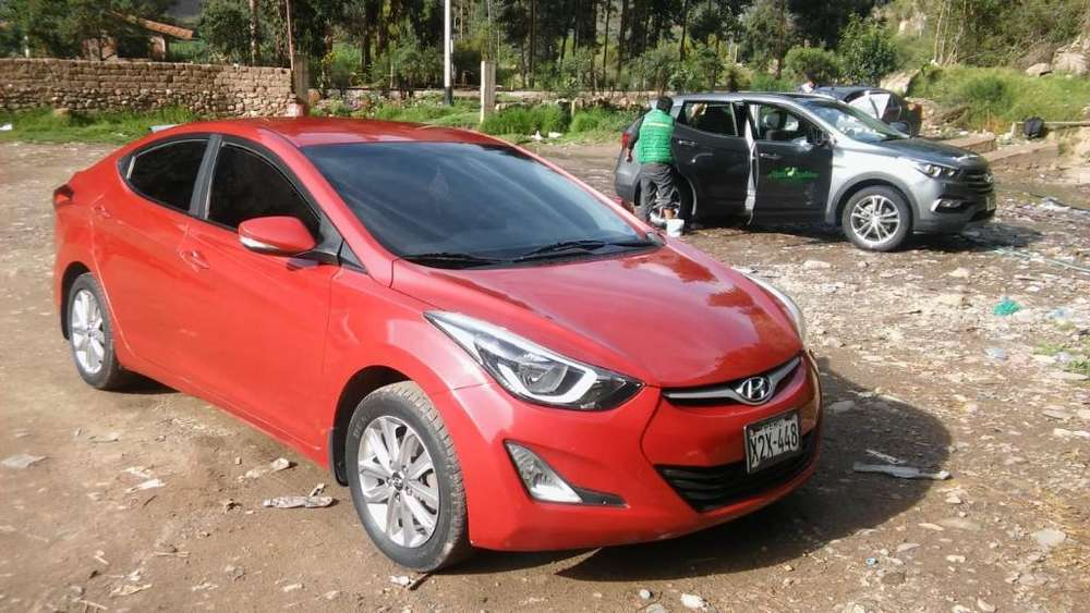 Hyundai Elantra 2014 - 85000 km