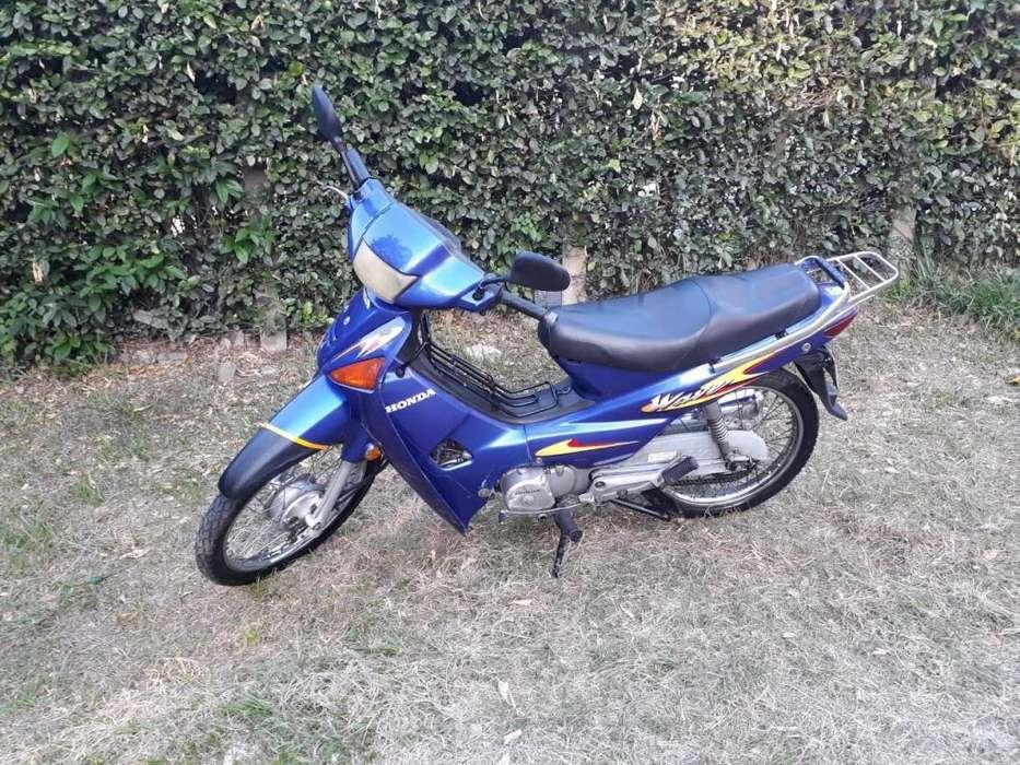 vendo moto Honda Wave C100 2008