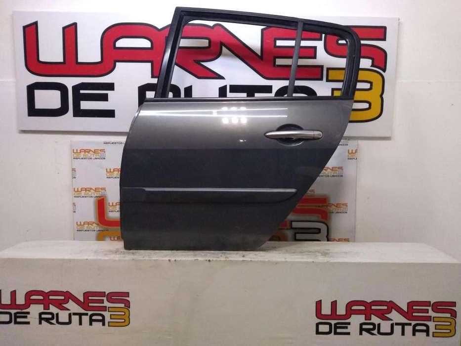 Puerta Trasera Izquierda Renault Megane 2 02811741