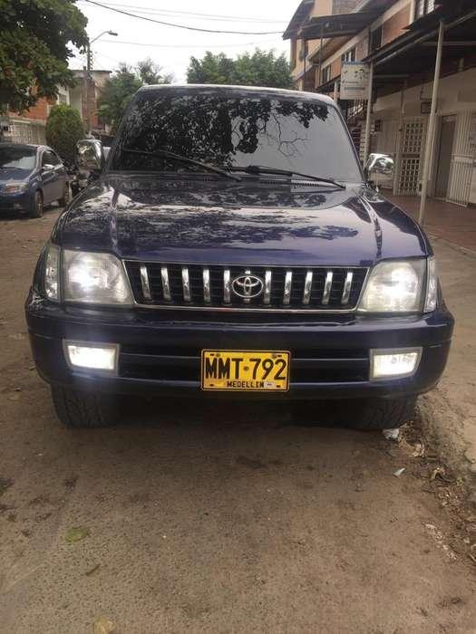 Toyota Prado 2001 - 100000 km