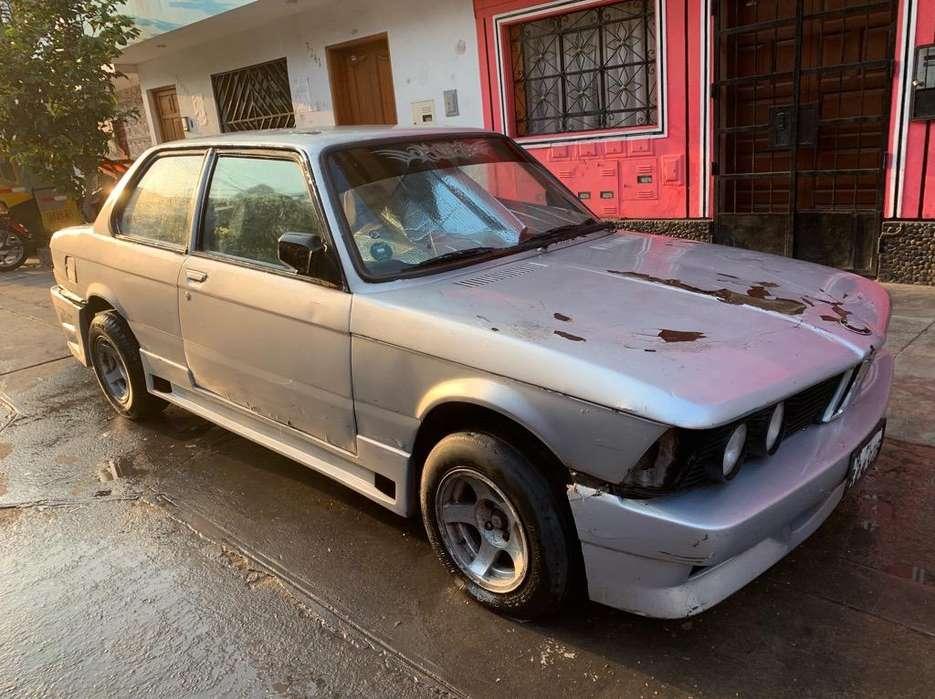 BMW 116i 1981 - 140000 km