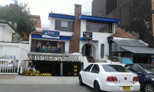 ARRIENDO DE OFICINAS EN CEDRITOS NORTE  BOGOTA 644-963