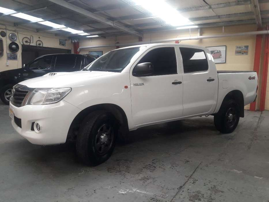<strong>toyota</strong> Hilux 2012 - 175000 km