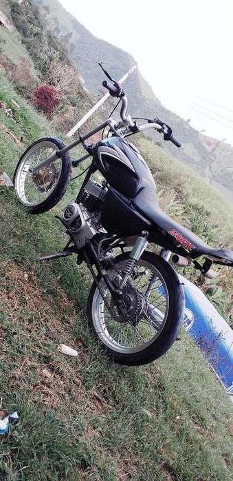 Vendo Ax 100 Modelo 2006