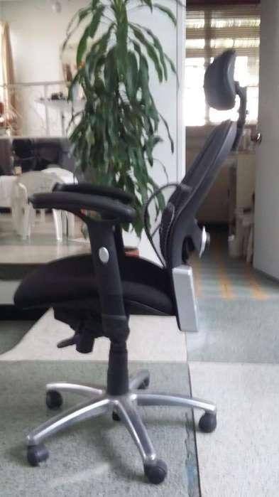 Excelente silla de gerencia