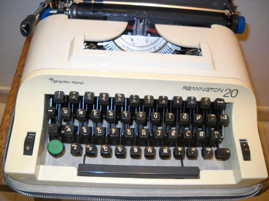 Máquina de Escribir REMINGTON 20, modelo SPERRY RAND