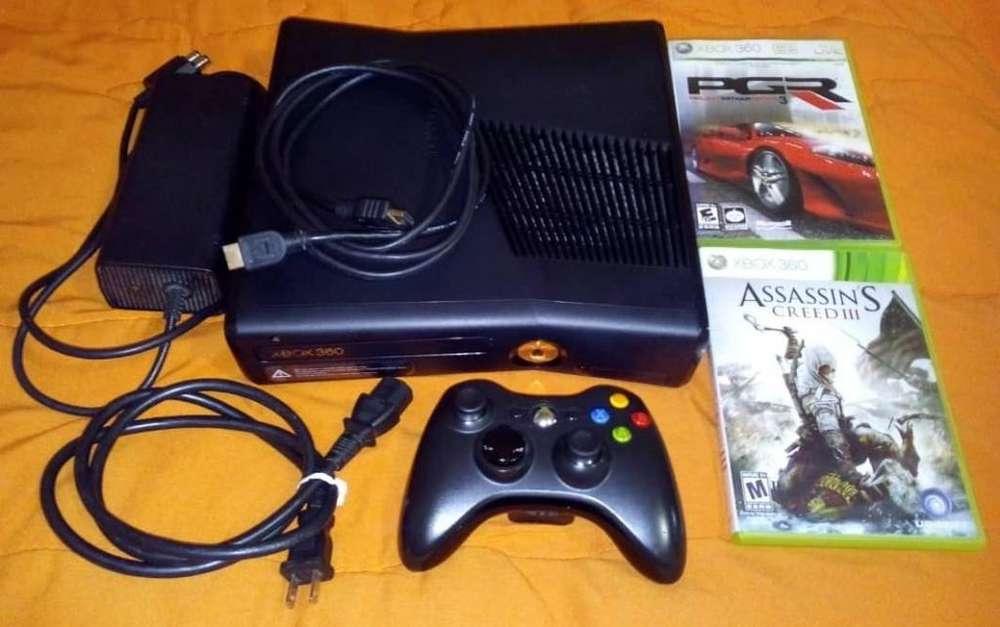 Xbox 360 Slim 4GB no chipeado, 1 Mando, 2 Juegos originales, Hdmi, sin detalles