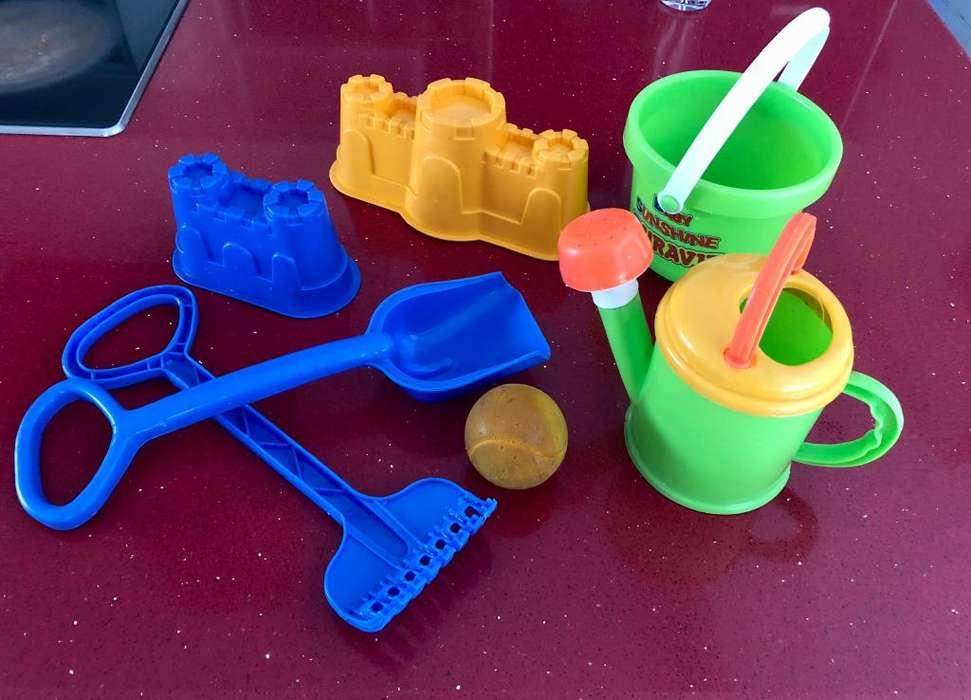 juego de playa plasticos