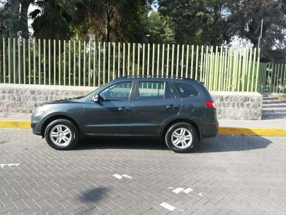 Hyundai Santa Fe 2011 - 65000 km